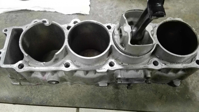 Ремонт двигателя мотоцикл 14 фотография